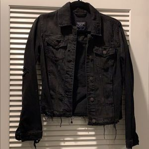 Abercrombie & Fitch black distressed denim jacket